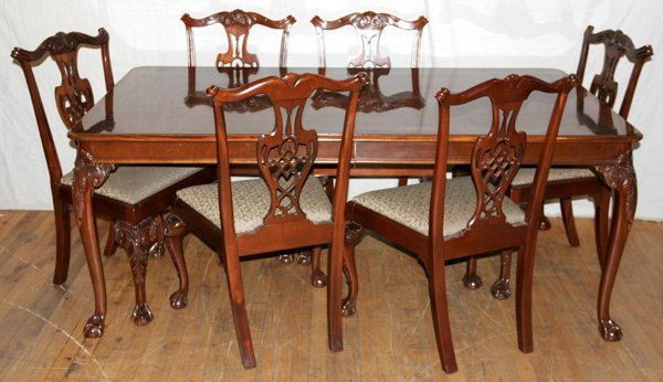 021009: HICKORY CHAIR, MAHOGANY DINING TABLE & CHAIRS
