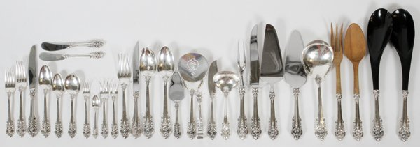 WALLACE 'GRANDE BAROQUE' STERLING FLATWARE SET