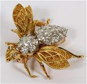 18 KT GOLD AND DIAMOND BEE FORM BROOCH