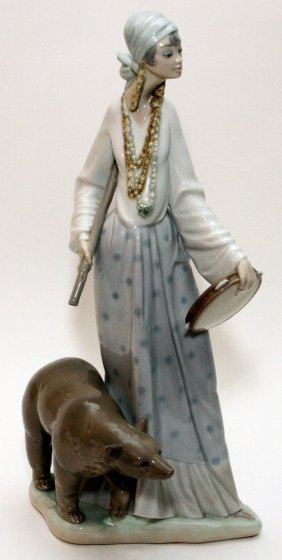 Lladro Porcelain Figure 'gypsy Lady'