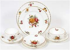 ROYAL WORCESTER 'DELECTA' LUNCHEON SET 85 PIECES