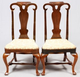 Queen Anne Mahogany Side Chairs 18th C. Pair