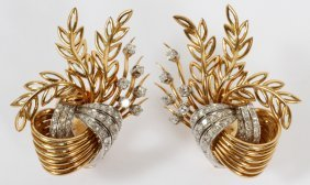 Leaf Style 18kt Gold And Diamond Earrings Pair
