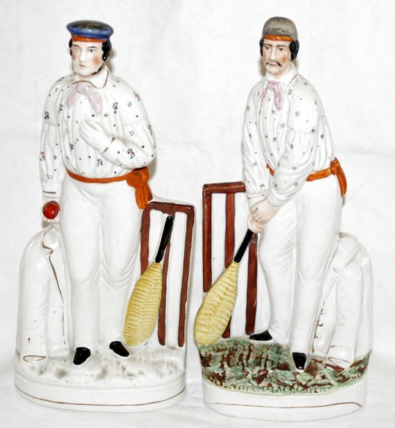 041002: STAFFORDSHIRE POTTERY FIGURES OF CRICKETERS