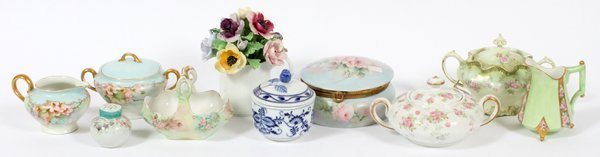 FRENCH, GERMAN & ENGLISH PORCELAIN TABLE ARTICLES
