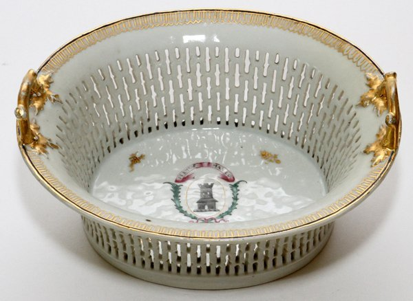 CHINESE EXPORT PORCELAIN CHESTNUT BASKET & STAND - 5