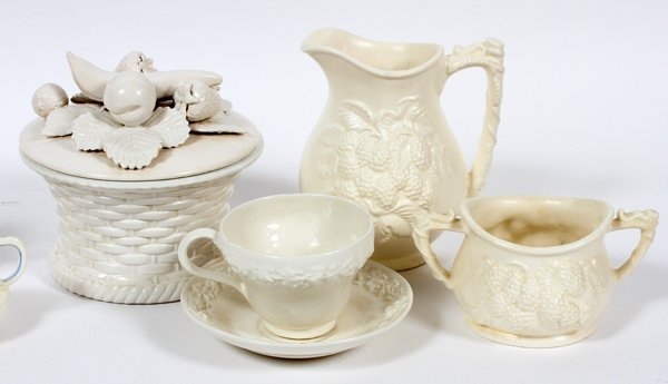 DODIE THAYER POTTERY 40 PIECES - 2