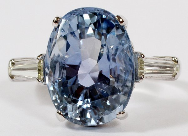 OVAL 10.31 CT NATURAL SAPPHIRE RING