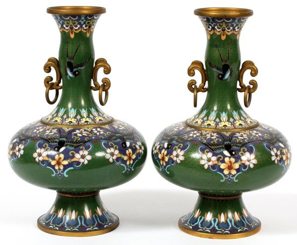 CHINESE CLOISONNE VASES PAIR - 2