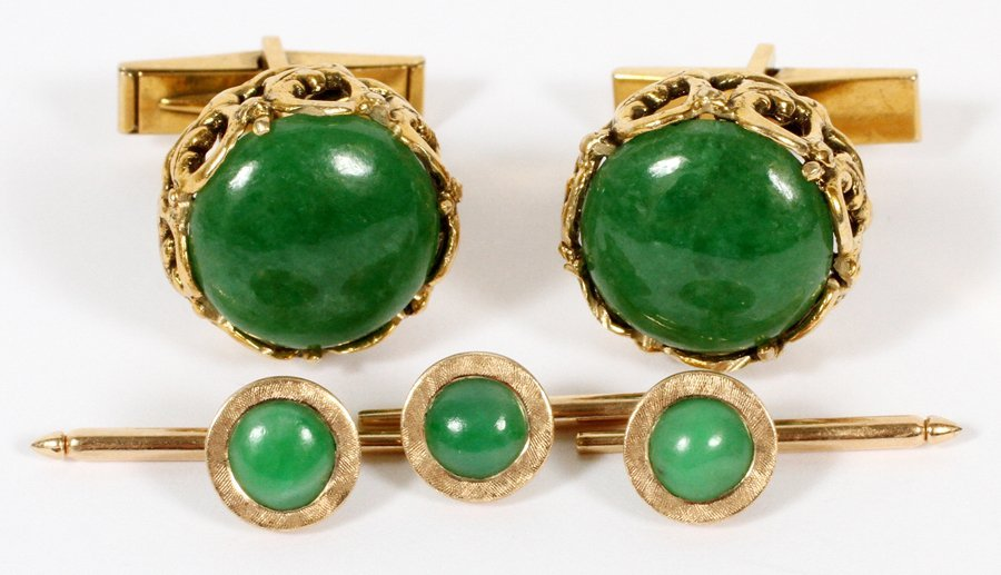 14KT GOLD AND JADE CUFFLINKS AND TIE-TACKS 5 PIECES