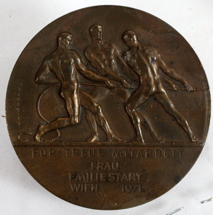 OKIENAUER SCULPTOR OLYMPIC BRONZE MEDAL 1971 - 2