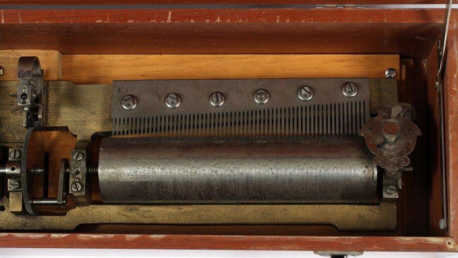 GERMAN FRUITWOOD INLAY MUSIC BOX - 2