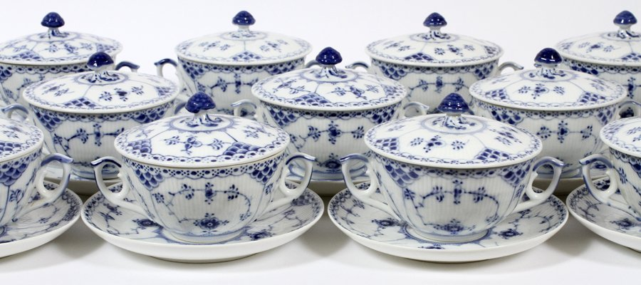 ROYAL COPENHAGEN BLUE FLUTED LACE PORCELAIN - 2