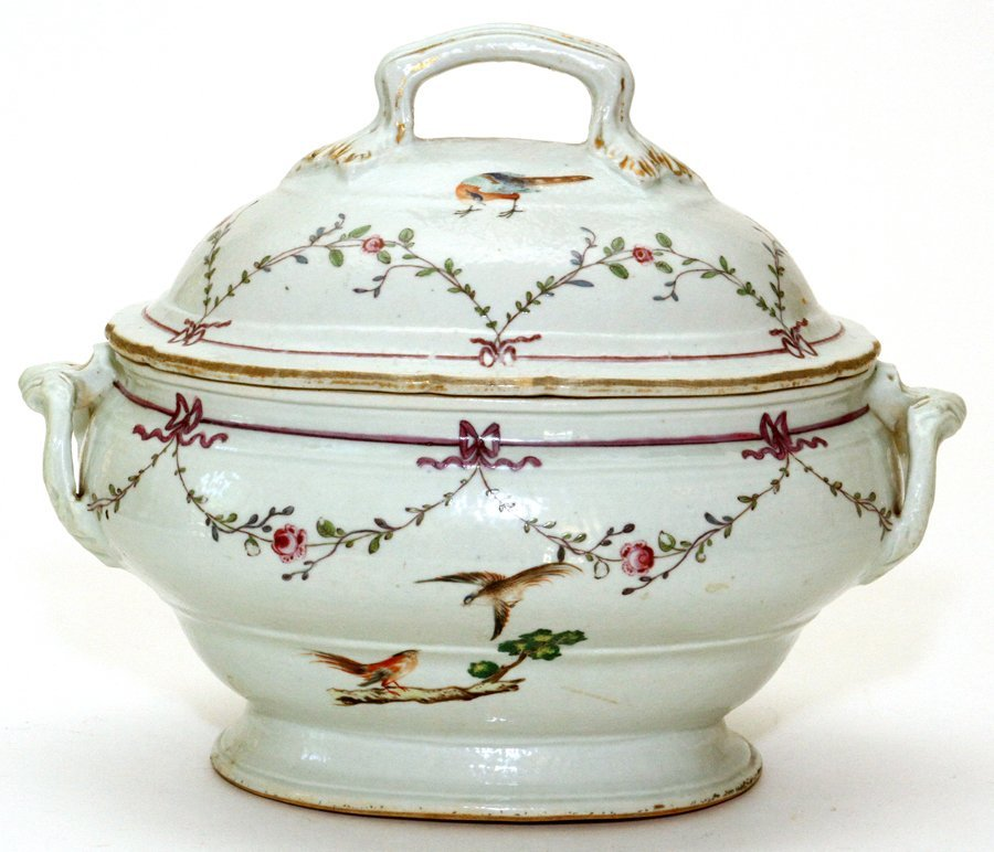 CHINESE EXPORT PORCELAIN COVERED TUREEN C. 1775
