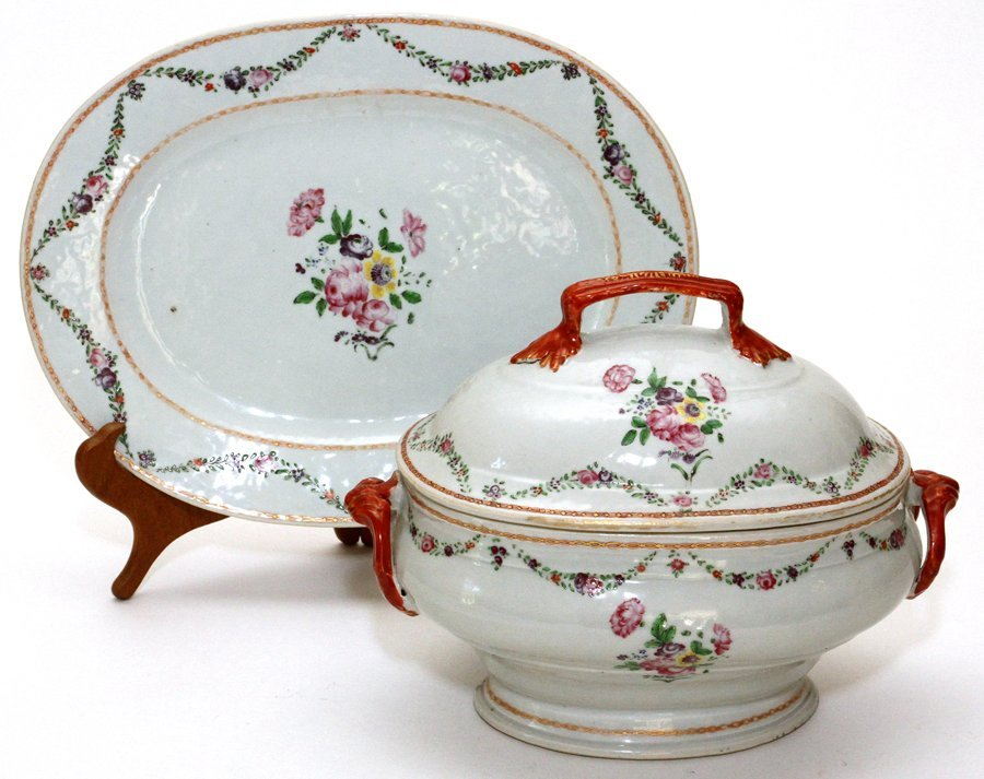 CHINESE EXPORT PORCELAIN COVERED TUREEN & PLATTER