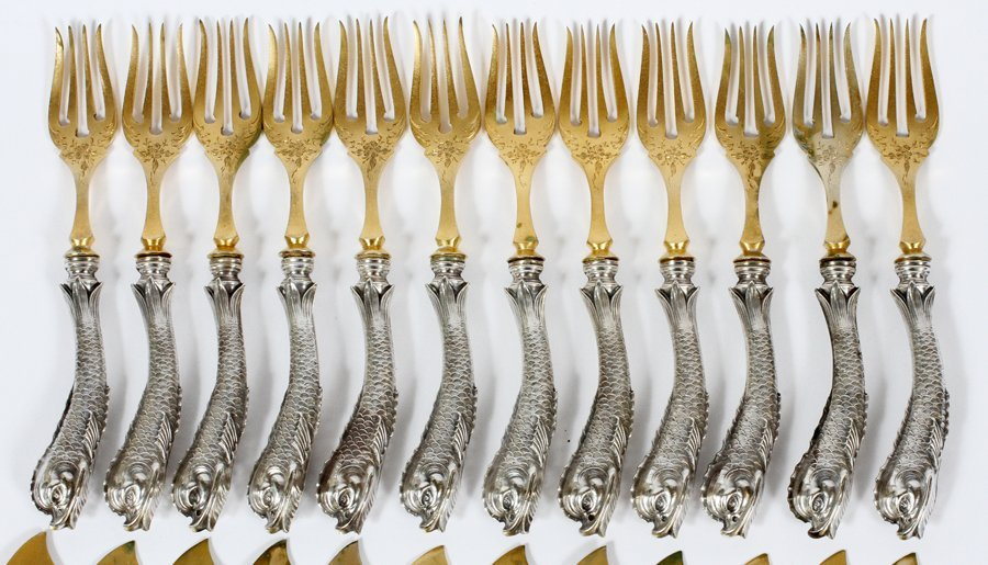 DOLPHIN HANDLE 800 SILVER FISH KNIVES & FORKS - 2