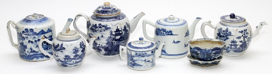 CHINESE BLUE AND WHITE PORCELAIN TEAPOTS & PLANTER