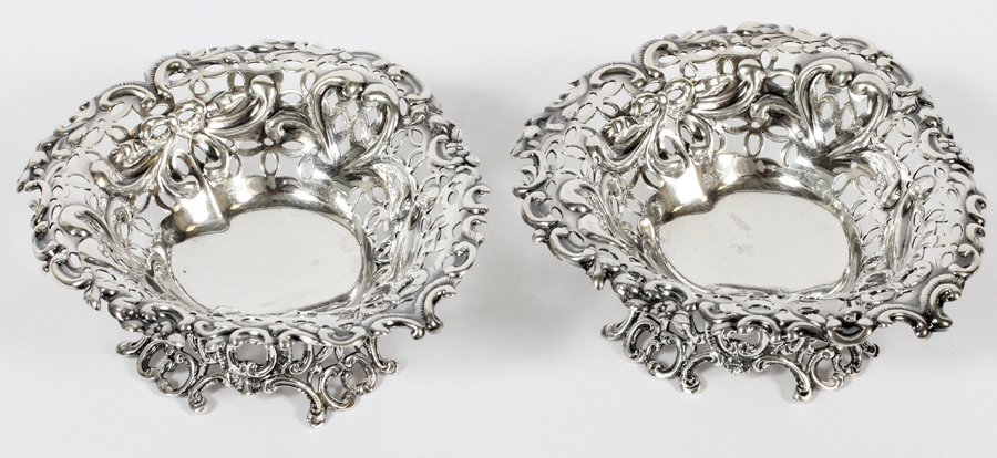ENGLISH STERLING HEART SHAPE BON BON DISHES 2