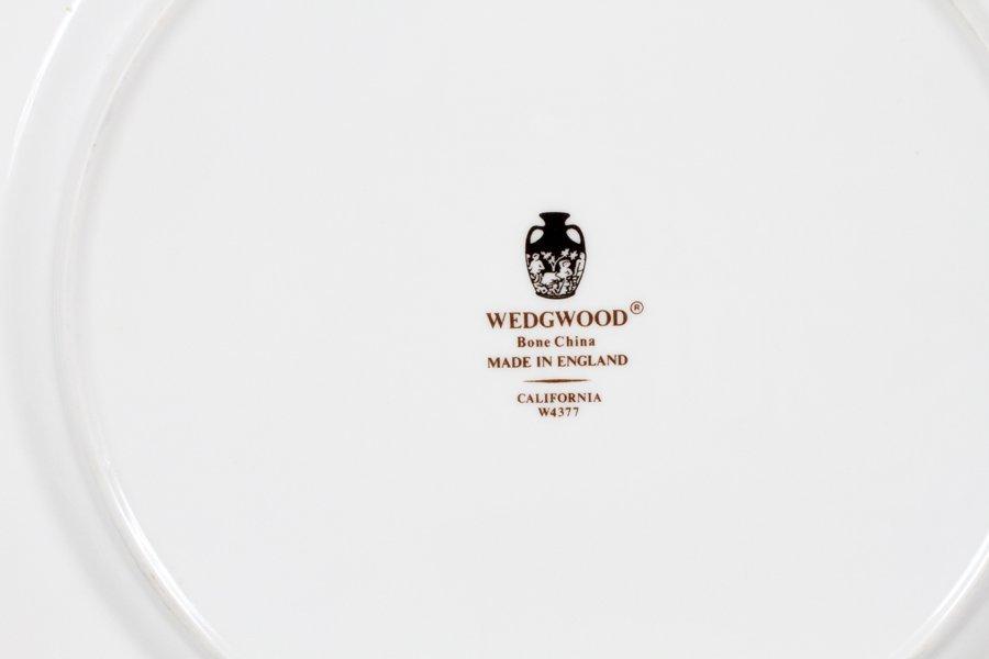 WEDGWOOD PLATES ALONG W/ ROYAL DOULTON PLATES - 2