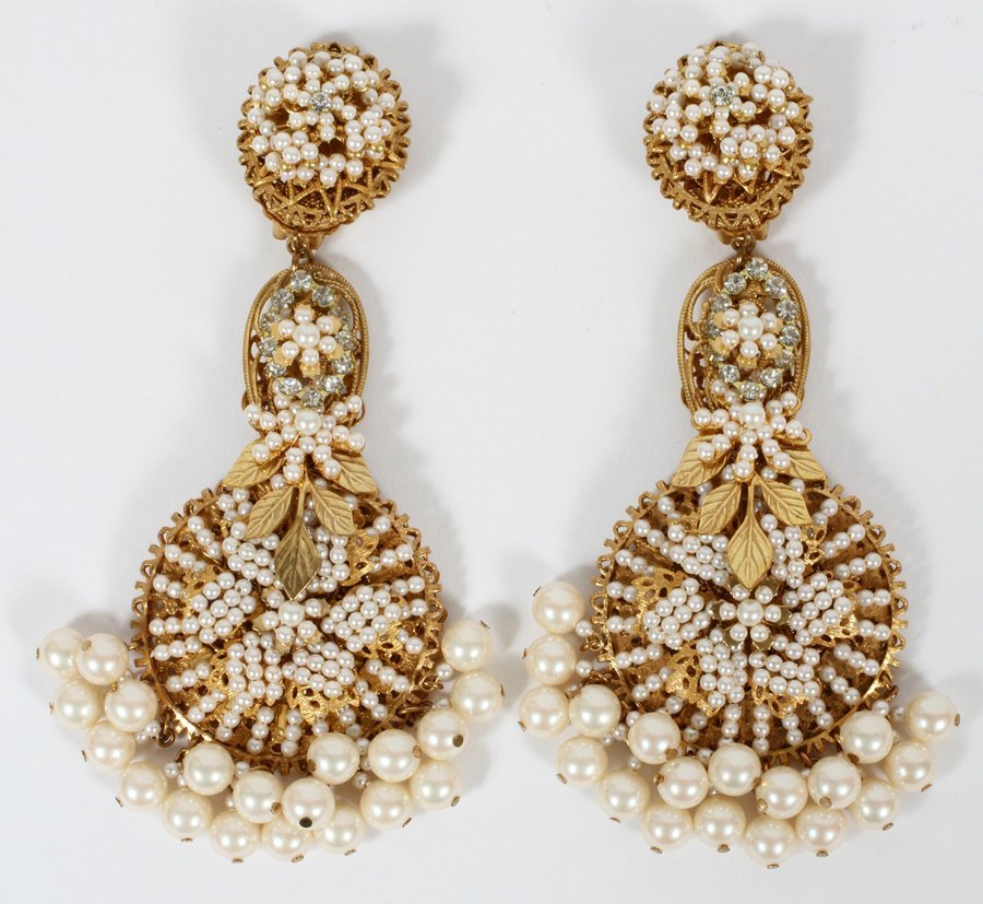STANLEY HAGLER PEARL EARRINGS