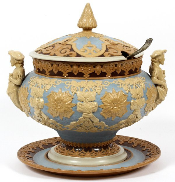 VILLEROY AND BOCH METTLACH POTTERY TUREEN AND TRAY