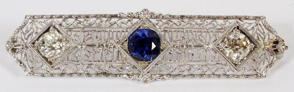 DIAMONDS AND 14KT GOLD BROOCH CIRCA 1920