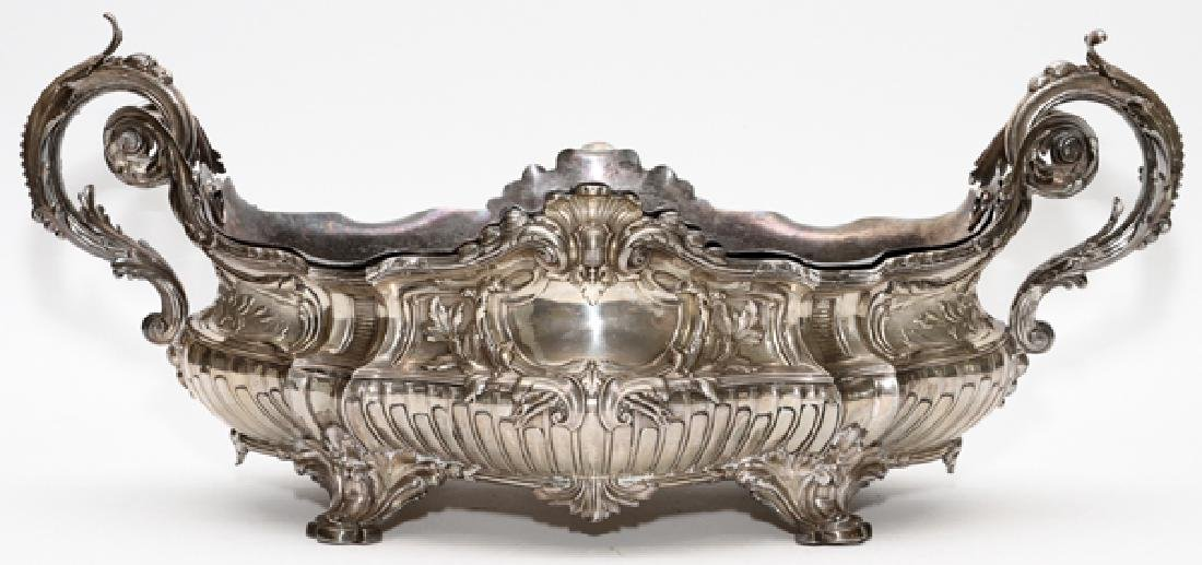 SILVERPLATED DOUBLE HANDLED CENTERPIECE