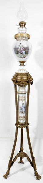 071001: SEVRES, FRENCH PORCELAIN & BRONZE OIL LAMP