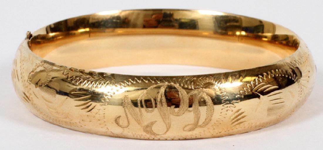 14 KT GOLD BANGLE BRACELET TW. 18 GR.