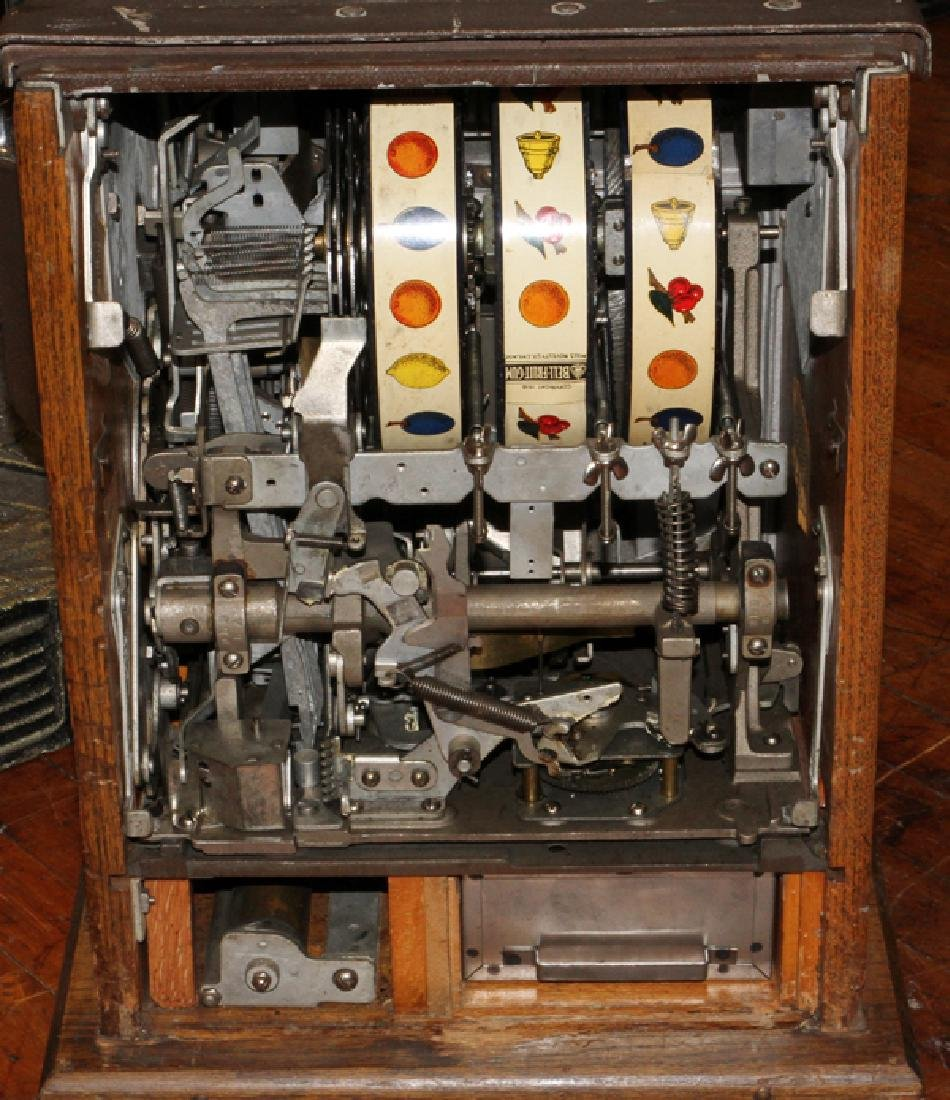VINTAGE TEN CENT SLOT MACHINE - 5