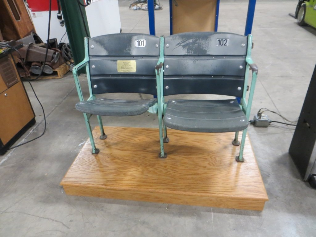 WRIGLEY STADIUM SEATS
