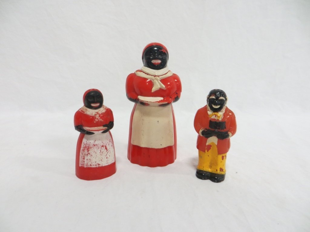 AUNT JEMIMA & UNCLE MOSE S&P SHAKERS wSYRUP HOLDER