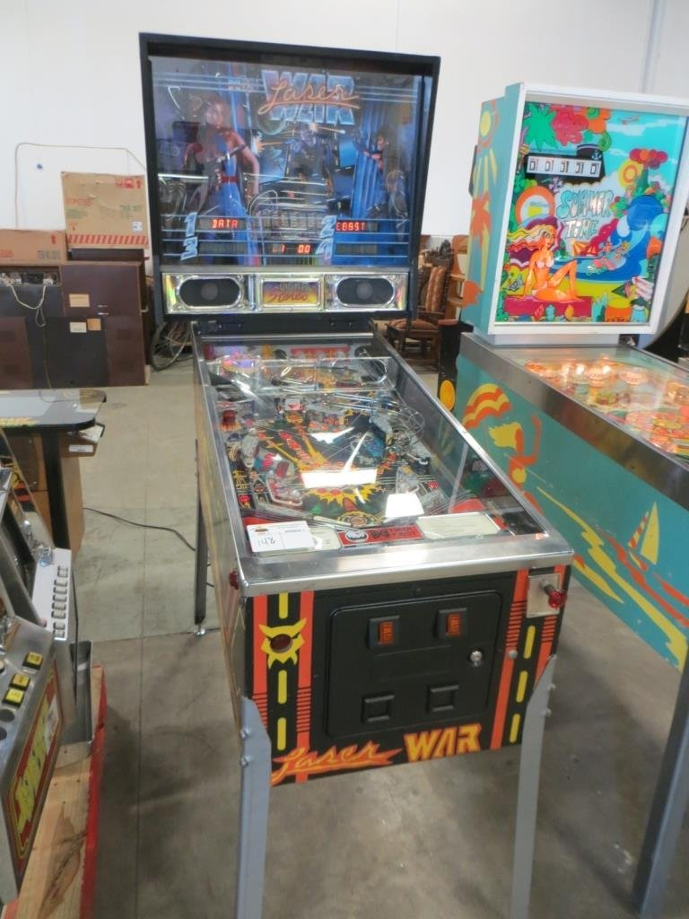 DATA EAST LASER WAR PINBALL