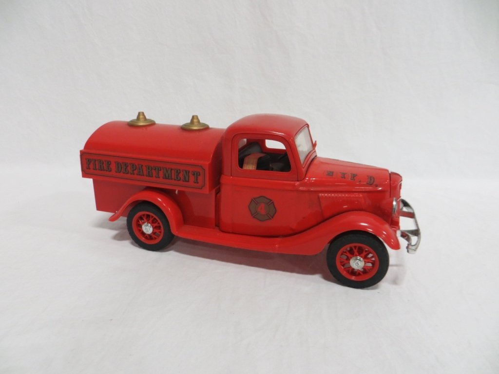 BEAM'S PUMPER-TANKER FIRE TRUCK DECANTER