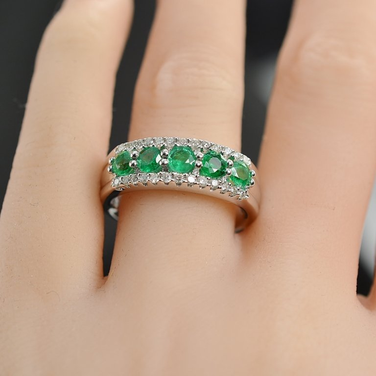 1.11 Carats t.w. Diamond and Emerald