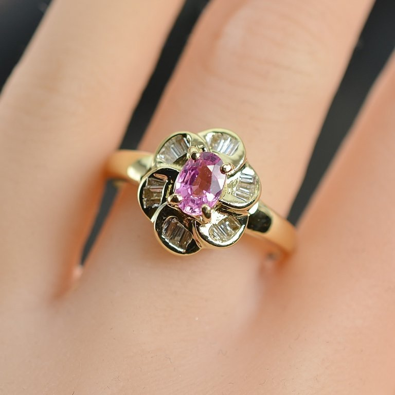 0.92 Carat t.w Diamond and Pink Sapphire Ring 14K