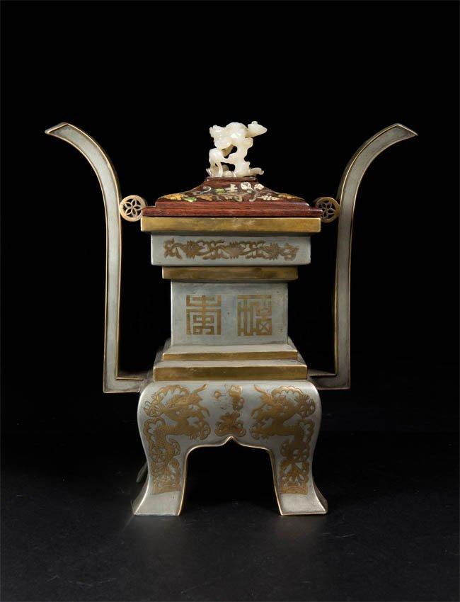 Qing Qianlong, Gilt White Bronze 'Fu Shou' Ding