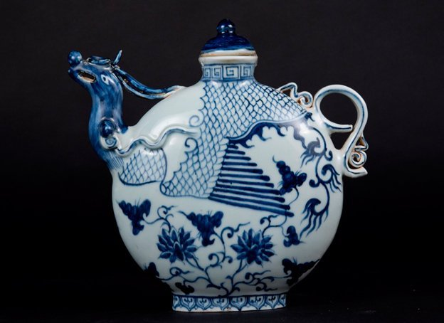 Qing, blue and white flask