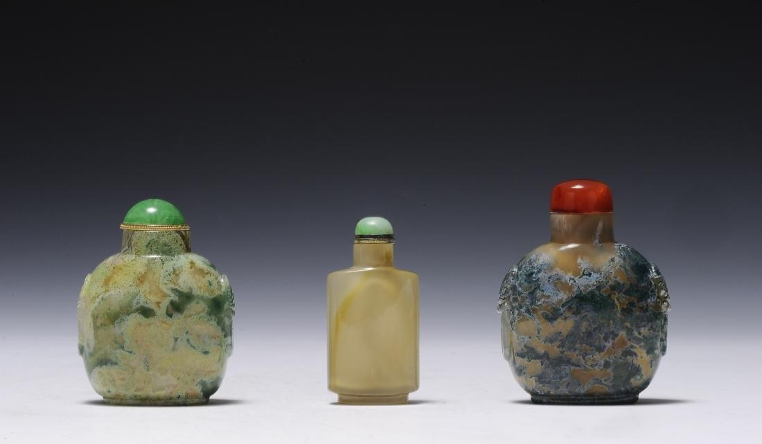 Three Agate Snuff Bottles, 19th Century
