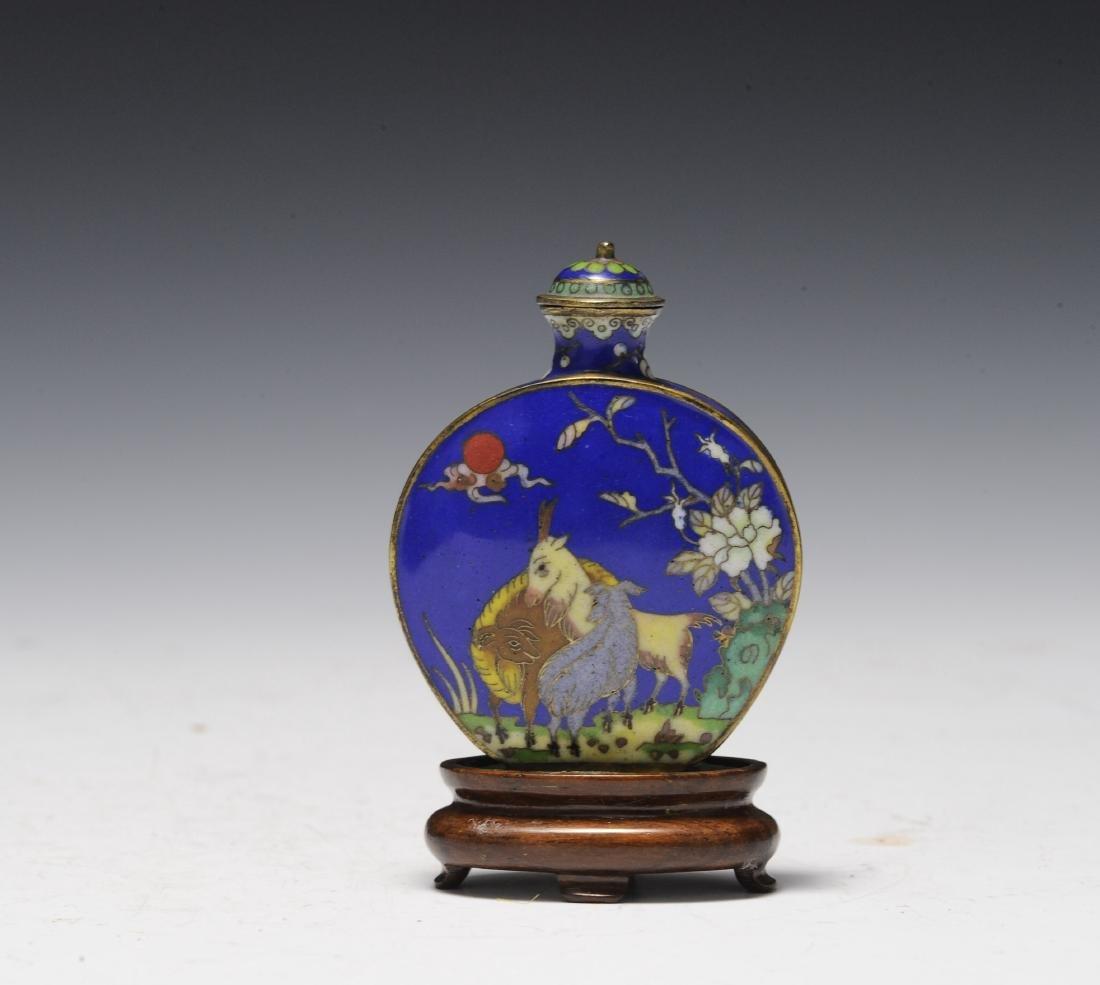 Cloisonné Snuff Bottle, 19th Century - 2