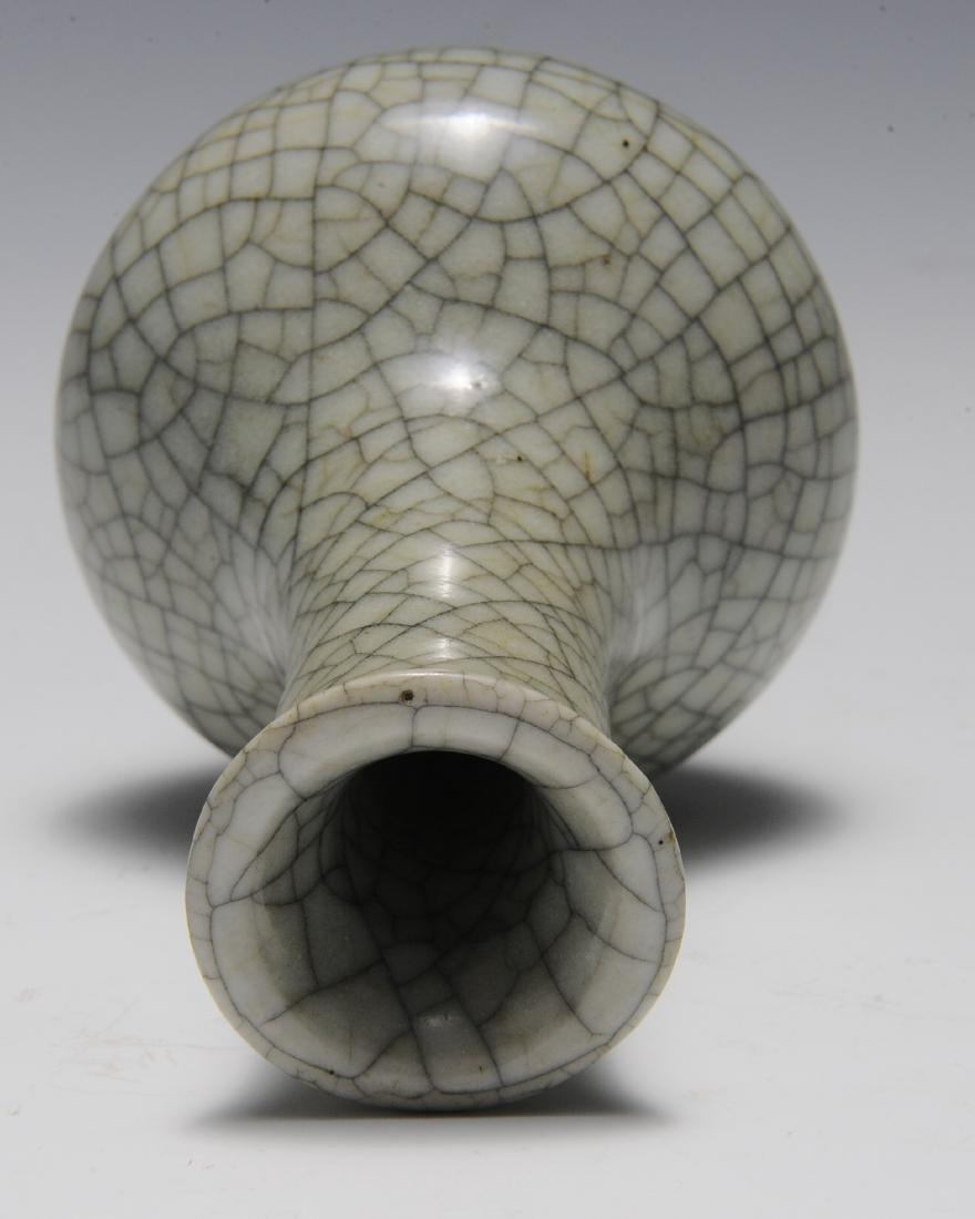 Ge Glaze Vase, 18th Century - 6