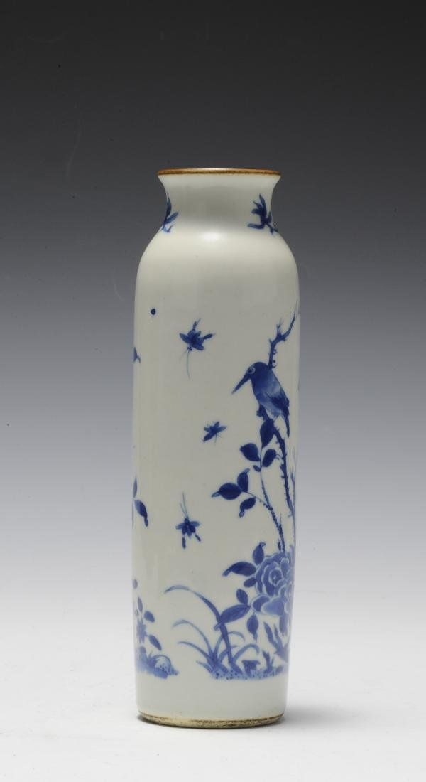 Tall Blue & White Vase, 17th Century - 4