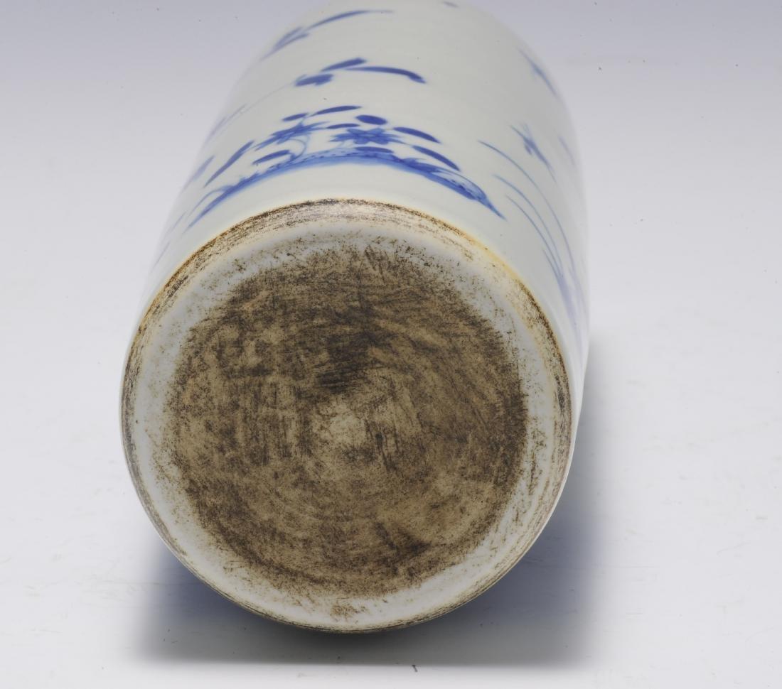 Tall Blue & White Vase, 17th Century - 6