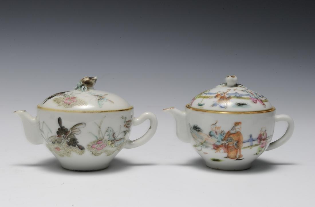 Trio of Famille Rose Teapots, 19th Century - 7