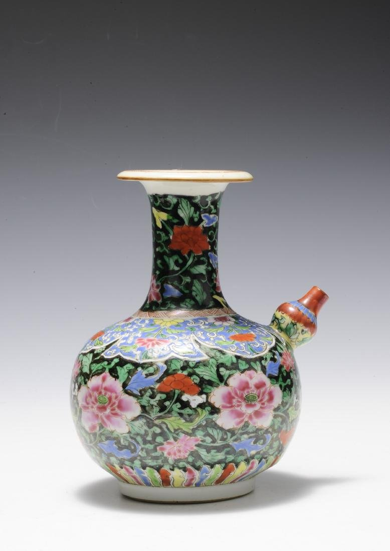 Famille Rose Junchi Vase, 18th Century - 3