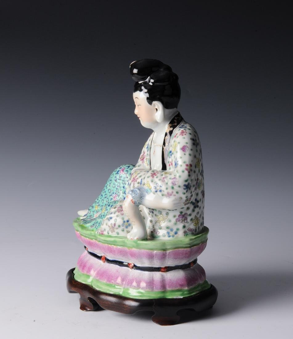 Porcelain Figure of a Lady, Republic Period - 2