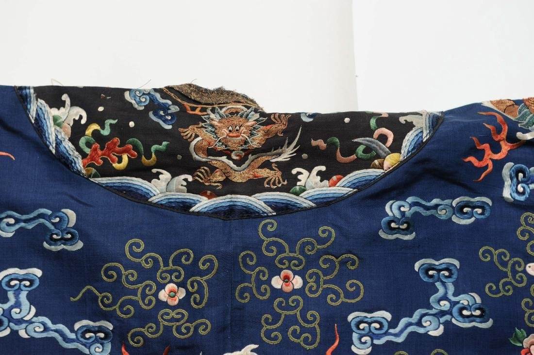 Blue Embroidered Dragon Robe, 19th Century - 7