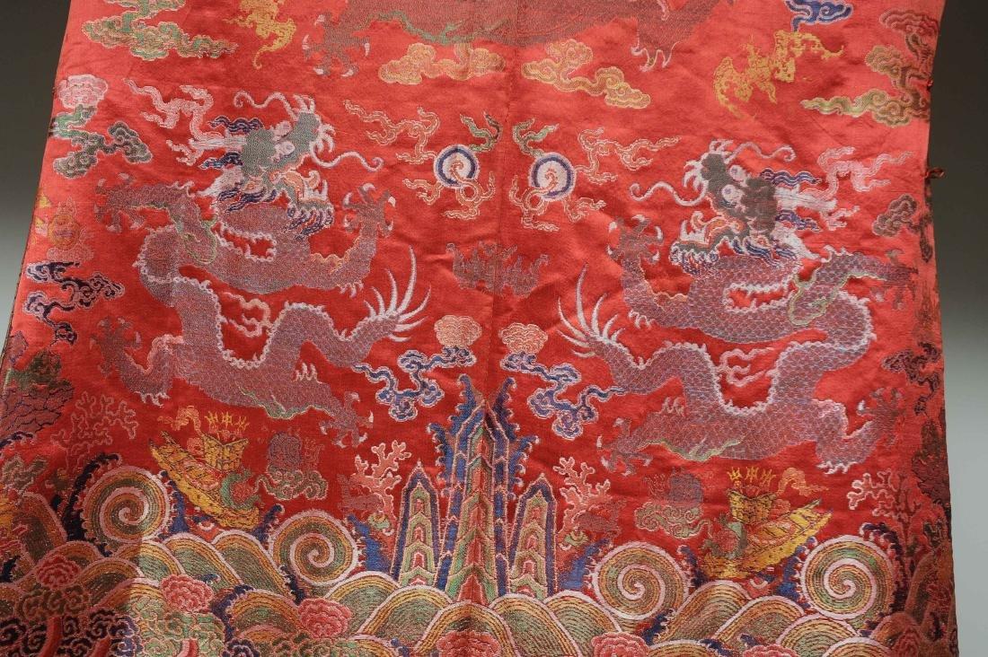 Red Ground Dragon Robe, 19th Century - 6