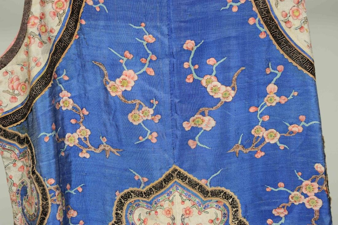 Blue Ground Plum Blossom Robe, 19th Century - 5