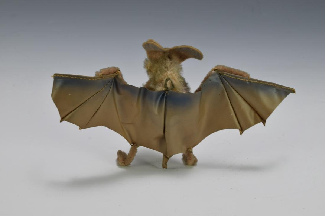 Eric the Bat, Steiff - 2